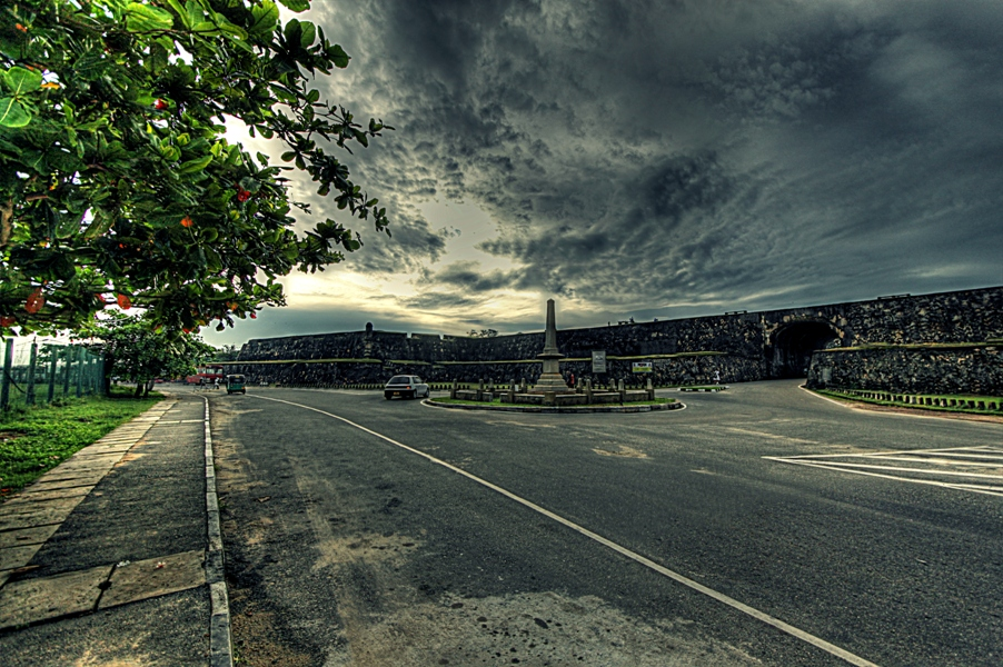 IMG_2222_3_4_tonemapped3hdrcp70-